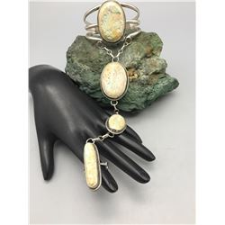 Nice Contemporary Slave Bracelet
