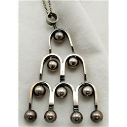ONE STERLING SILVER NECKLACE TOTAL 9.8 DWT