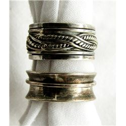 LOT OF 2 STERLING RINGS SIZES 6