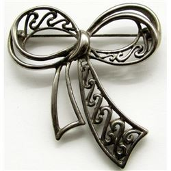 STERLING BROOCH RIBBON / BOW SHAPED
