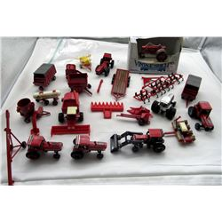 ERTL CASE INT. & INTERNATIONAL HARVESTER