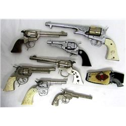 VINTAGE FOR REPAIR WESTERN REVOLVER TOY GUN LOT