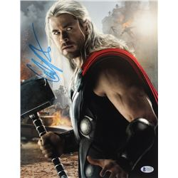 "Chris Hemsworth Signed ""Thor"" 11x14 Photo (Beckett COA)"