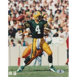 Brett Favre Signed Packers 8x10 Photo (Beckett COA)