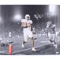 Vince Young Signed University of Texas Longhorns 21x24 Photo On Canvas (JSA COA)
