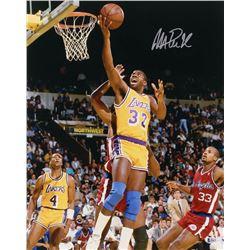 Magic Johnson Signed Los Angeles Lakers 16x20 Photo (Beckett COA)