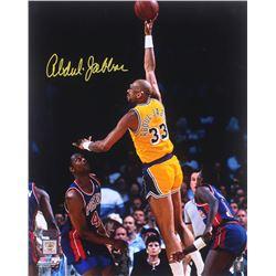 Kareem Abdul-Jabbar Signed Los Angeles Lakers 16x20 Photo (Radtke COA)