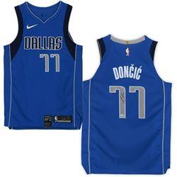 Luka Doncic Signed Dallas Mavericks Jersey (Fanatics Hologram)
