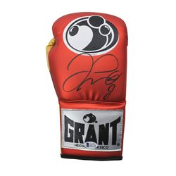 Floyd Mayweather Jr. Signed Grant Boxing Glove (Beckett COA)