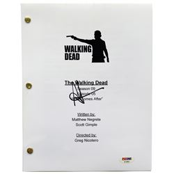 "Andrew Lincoln Signed ""The Walking Dead"" Episode Script (PSA COA)"