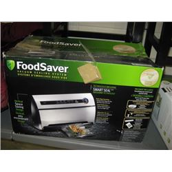 USED FOODSAVER VACUUM SEALING SYSTEM