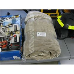 USED ELECTRIC BLANKET