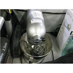 USED KITCHENAID MIXER