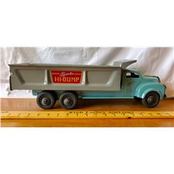 LINCOLN HI-DUMP TOY TRUCK