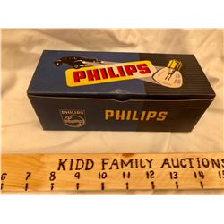 BOX OF PHILLIPS HEADLIGHT BULBS - FULL - MADE IN HOLLAND