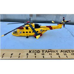 SCALE MODEL CANADIAN FORCES HELICOPTER