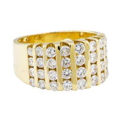 1.90 ctw Diamond Ring - 18KT Yellow Gold