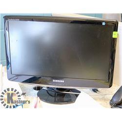 SAMSUNG SYNC MASTER B2030 COMPUTER MONITOR.