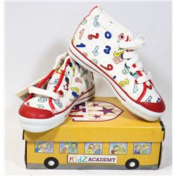 KIDS ACADEMY SCHOOL BUS  SHOES MULTI/BLUE SZ 7