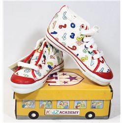 KIDS ACADEMY SCHOOL BUS  SHOES WHITE/RED SZ 10.5