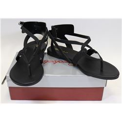 BRECKELLE'S CAPRI 04 BLACK SIZE 8 SHOES
