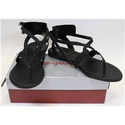 BRECKELLE'S CAPRI 04 BLACK SIZE 7 SHOES