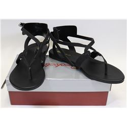 BRECKELLE'S CAPRI 04 BLACK SIZE 7.5 SHOES