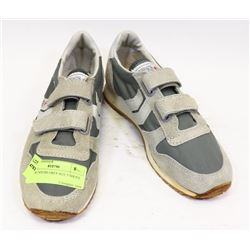 KIDS RUNNERS GREY SIZE 5 SHOES