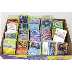 FLAT OF 1400 POKÉMON CARDS
