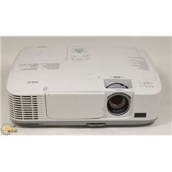 NEC 2600 LUMENS PROJECTOR/NEW BULB/HDMI