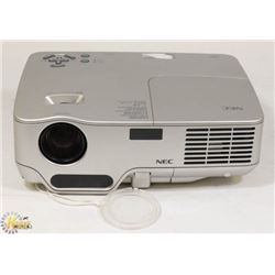 NEC 3000 LUMENS DLP PROJECTOR 351 HOURS ONLY