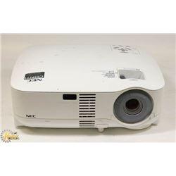 NEC 2000 LUMENS 3LCD PROJECTOR