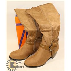 JJ'S FOOTWARE BOOTS KHAKI SZ 7.5 LADIES