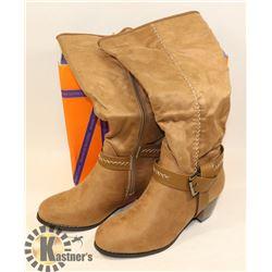 JJ'S FOOTWARE BOOTS KHAKI SZ 6.5 LADIES