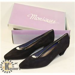 MONIQUES BLACK SZ 8 LADIES