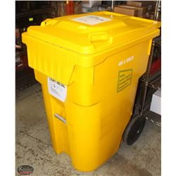IPL LARGE INDUSTRIAL YELLOW GARBAGE BIN W/ WHEELS