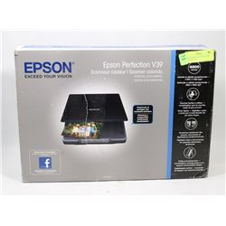 EPSON PERFECTION V39 COLOR SCANNER NEW.