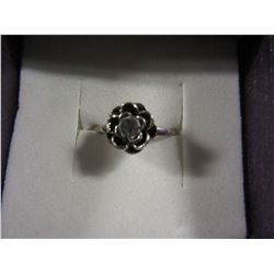 SILVERTONE FLOWER RING WITH WHITE CRYSTAL