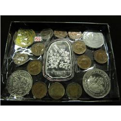 TRAY OF CANADA & COLLECTIBLE TRADE DOLLARS