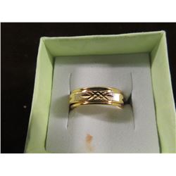GOLDTONE ETCHED BAND STYLE RING