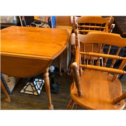 MAPLE DROP LEAF TABLE W / 4 X CHAIRS