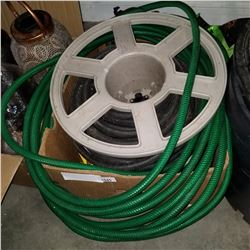 LOT OF GARDEN HOSE SPRINKLER