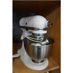 WHITE FLIP TOP KITCHENAID CLASSIC MIXER W/ BOWL AND 5 ATTACHMENTS - WORKING