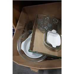 BOX OF PYREX AND BAKEWARE