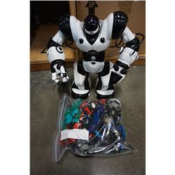 LEGO BIONICLE AND TECHNICS AND ROBOT TOY