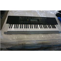 CASIO CTK 4400 61-KEY PORTABLE KEYBOARD  - TESTED AND WORKING
