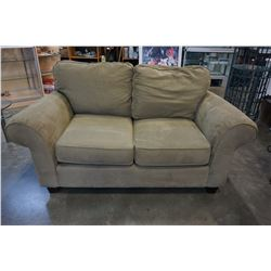 GREEN MICROFIBER ROLLED ARM LOVE SEAT