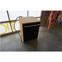 BLACK JENN AIR BUILT IN DISHWASHER