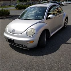 2001 VOLKSWAGEN BEETLE SPORT, GREY, 2 DOOR, 5 SPEED, 202000KM, 1 KEY, REGISTRATION, COOLANT LEAK