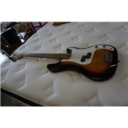 CRESENT BASS ELECTRIC GUITAR